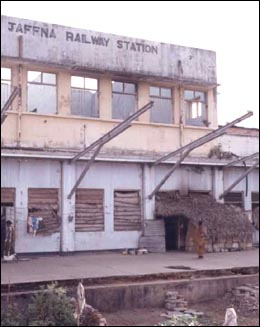 jaffna_raily_station_3.jpg
