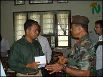 Mr.Harim Peiris and Major General Susil Chandrapala discuss