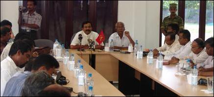 Mr. S. P. Thamilchelvan meets with journalist from South at the LTTE Planning and Development Secret