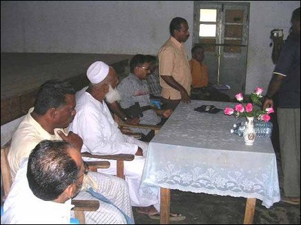 LTTE - Muslim representatives meet