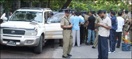 Four dead bodies found inside a vehicle in Colombo