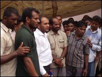Kalmunai refugees call off .