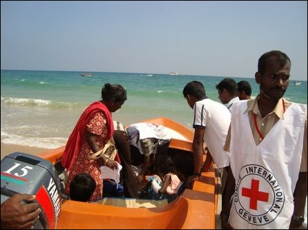 ICRC sea transport of wounded