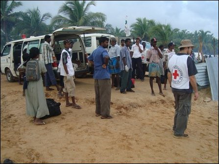 ICRC transport of 440 patients from Vanni on 16 March