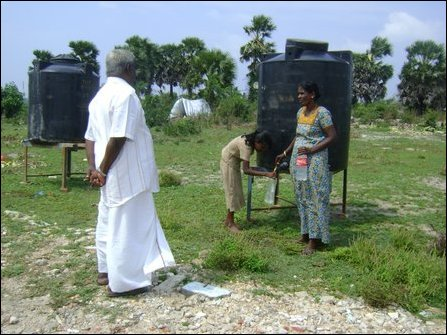 SLA soldiers try to evict resettled Tamil families