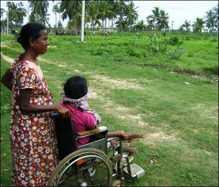 SLA, police chase away Tamil families