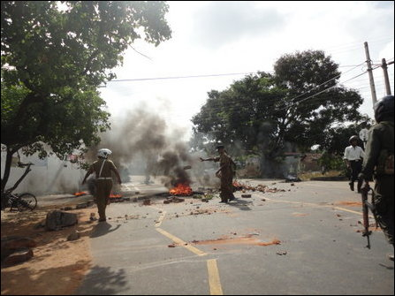 Villagers clash with SL Police in Batticaloa