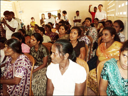 Akashi visits a section of former LTTE female members
