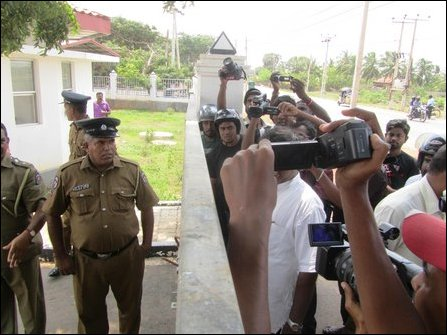 SL police destroys floral tribute by NPC councillors