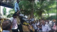 Protesters from Keappaa-pulavu besiege SL Presidential Secretariat in Colombo on Tuesday